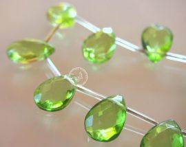 Üveg gyöngy könnycsepp - 12x18mm - zöld