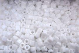 Matt fehér - TOHO cube kockagyöngy 3mm