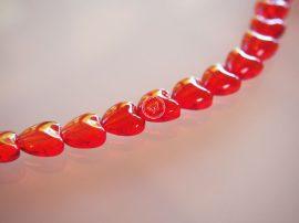 Üveg gyöngy szív alakú -10mm - piros , 10db
