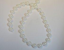 4mm fehér tekla gyöngy - plastic, lánc