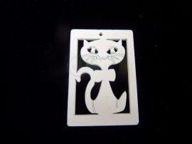 Fa medál - fehér macska