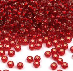 Piros ezüst közepű cseh üveg kásagyöngy 10/0 - Preciosa - 10g