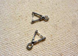 Háromszög medál akasztó 12mm- 5db