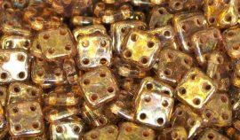 Lüszteres transzparent arany topáz - négylyukú négyzet