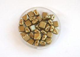 Silky diamonds kétlyukú gyöngy - 6x6mm - matt arany